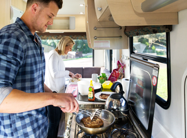 The Benefits of Hiring a Campervan